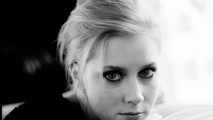 Black N White Face Closeup Picture Of Amy Adams